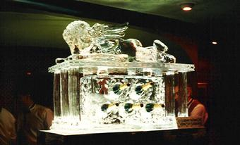 Cupid Champagne rack worldclassice.com